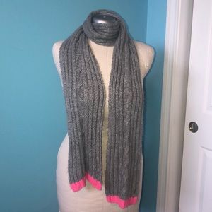Old Navy cable knit scarf